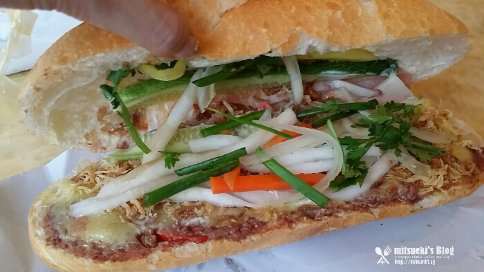 mitsueki Travels | 3D2N HCM 2016 - Banh Mi Huynh Hoa, Best Banh Mi in Saigon? - mitsueki ♥ | Singapore Lifestyle Blogger - Food, Fashion, Travel & Random News